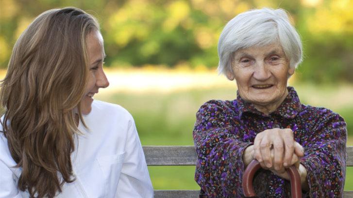 servizio assistenza domicilio, salute anziani, domicilio, assistenza anziani, assistenza malati, terapie domiciliari
